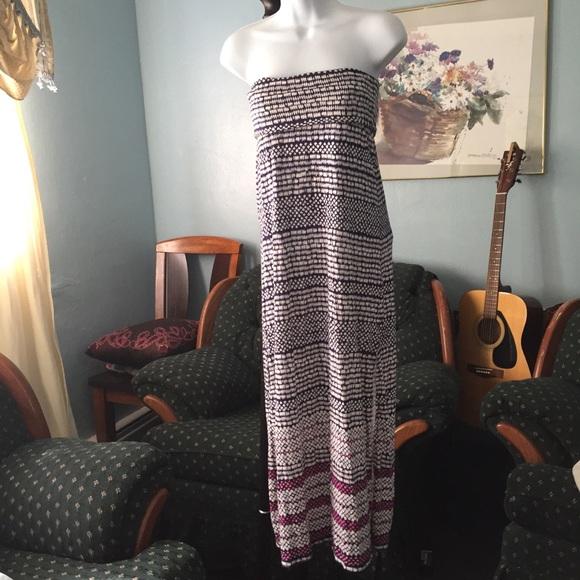 Aeropostale Dresses & Skirts - Aeropostale strapless maxi dress
